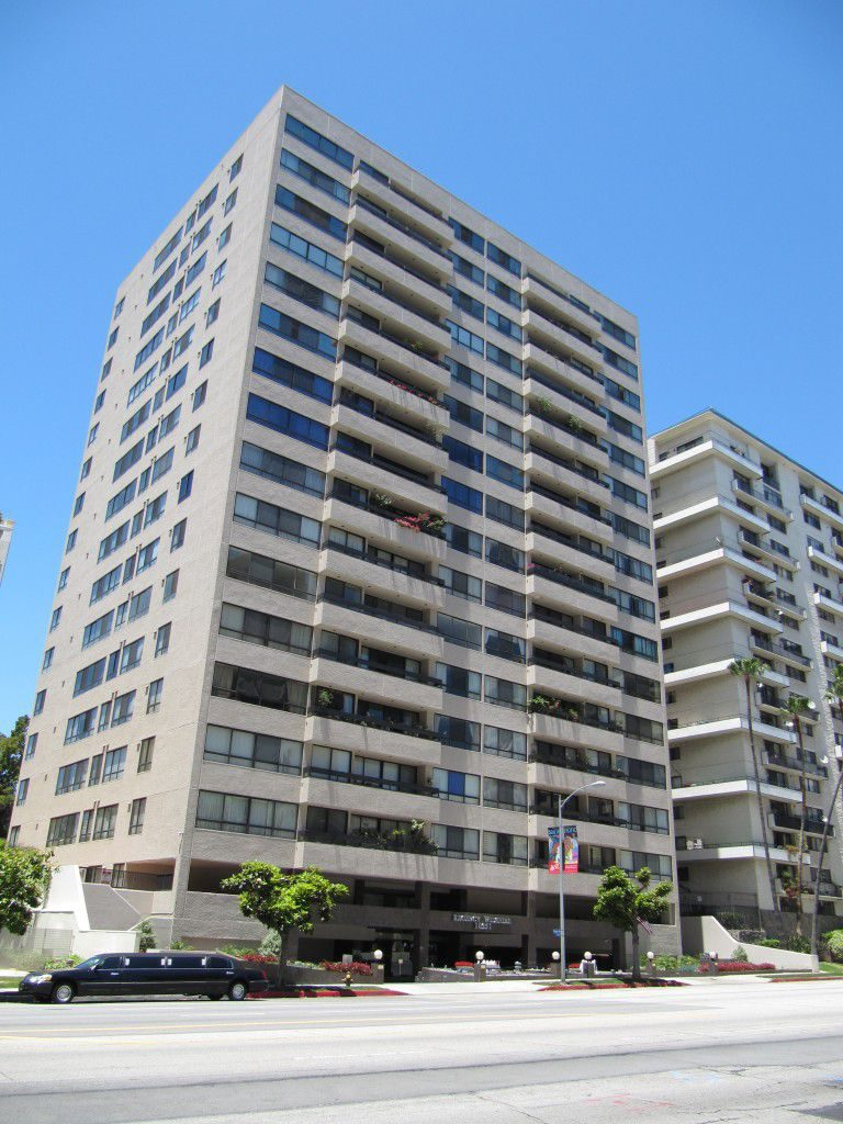 Condos for sale at the Wilshire Regency